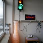Ampel, LED-Leuchte und Internet-Schild